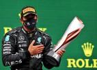 ''Mercedes'' un titulētais Hamiltons vienojas turpināt sadarbību uz vienu sezonu