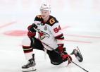 """Semjonovs kļūst par otro """"Avangard"""" spēlētāju, kurš pēc kausa parakstījis līgumu NHL"""
