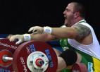 Titulēts Brazīlijas svarcēlājs diskvalificēts no Tokijas olimpiskajām spēlēm