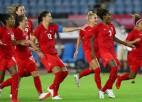 Kanādas futbolistes 11 metru sērijā izslēdz Brazīliju, austrālietes satriec Lielbritāniju