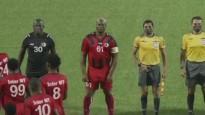 Surinamas 60 gadus vecais viceprezidents piedalās starptautiska līmeņa futbola mačā