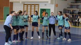 Handbola sieviešu virslīgā uzvaras svin Salaspils un Stopiņu komandas