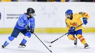 Spānijas hokejistes pārsteidzoši pieveic Kazahstānu, Itālijai otrā uzvara