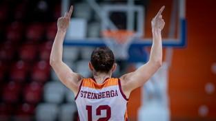 """Jaudīgajai Šteinbergai 22 punkti, """"Galatasaray"""" atspēlējas pret Jurjānes """"Botaš"""""""