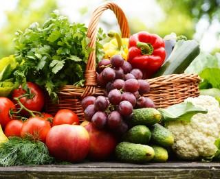 Vairāk nekā 89% iedzīvotāju dod priekšroku pašu audzētiem augļiem un dārzeņiem