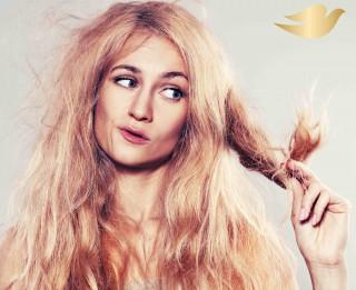 Veseli un mirdzoši mati vasarā – kā atgūt matu dabisko mitruma līmeni
