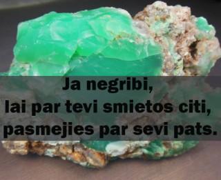 16.aprīļa dienas veiksmes akmens- HRIZOPRAZS