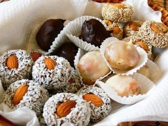 Pašgatavotas konfektes – lēti, garšīgi un sirsnīgi