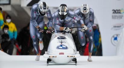 Tiek meklēti spēcīgi un talantīgi jaunie bobsleja kamanu stūmēji