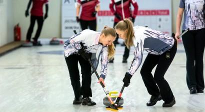 Par čempionu titulu šogad sacentīsies septiņas sieviešu komandas, fināla diena tiešraidē Sportacentrs.com