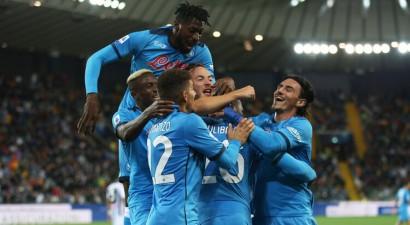 ''Napoli'' sagrauj ''Udinese'' un kļūst par A sērijas līderi