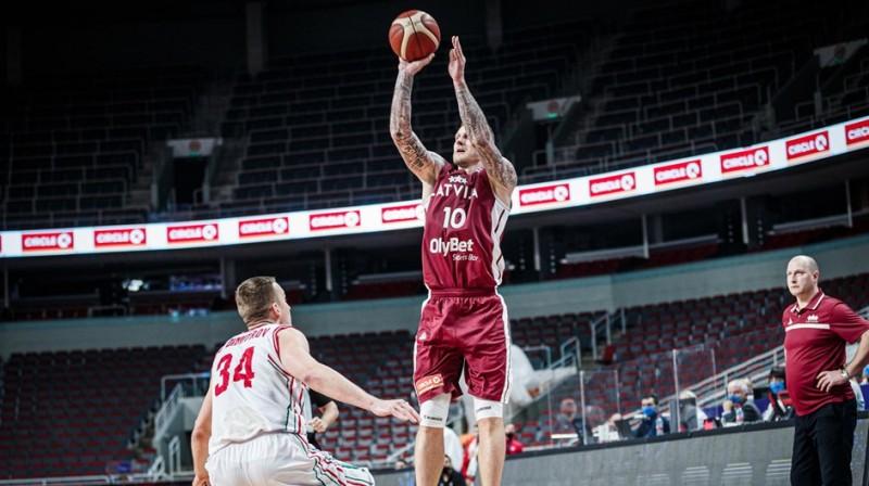 Jānis Timma spēlē pret Bulgāriju. Foto: FIBA