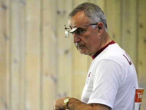 Kuzmins savā devītajā olimpiādē izcīna 17.vietu, Kļimovam pasaules rekords