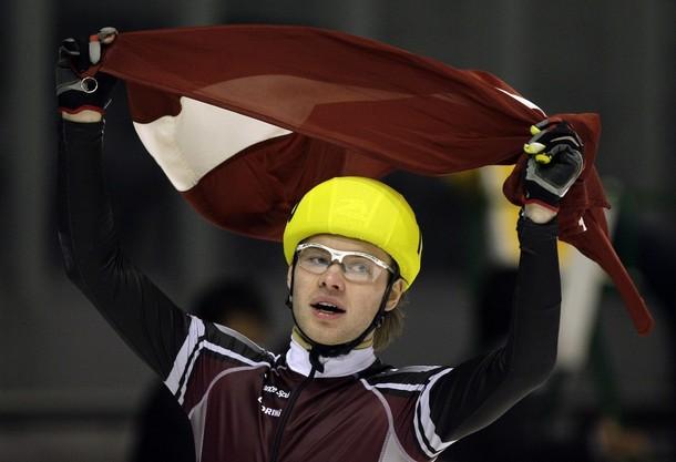 Silovu oficiāli atzīst par 2011.gada absolūto Eiropas čempionu šorttrekā