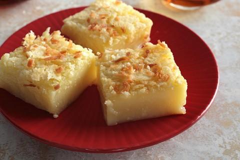 Ātri pagatavojamās kūkas. 3 gardas receptes