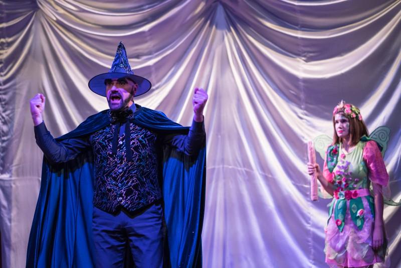 Teātra sezona Dramaturgu teātrī vasarā nebeidzas