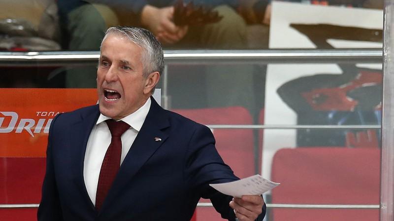 """Monreālas """"Canadiens"""" noliedz ģenerālmenedžera tikšanos ar Hārtliju"""
