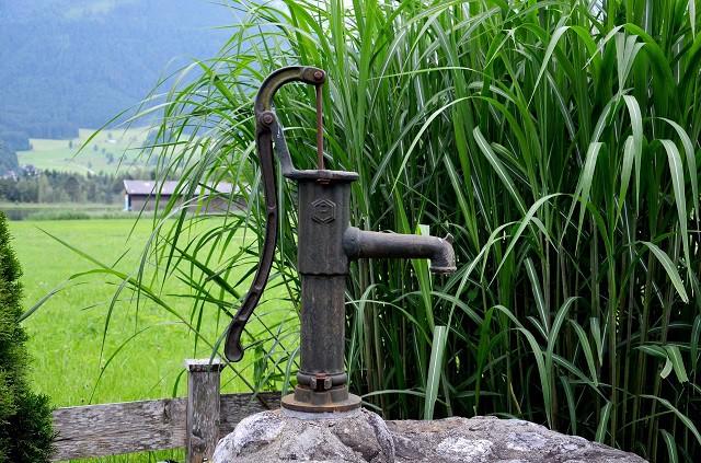 Ceļvedis ūdens sūkņa izvēlē: par svarīgāko vienuviet
