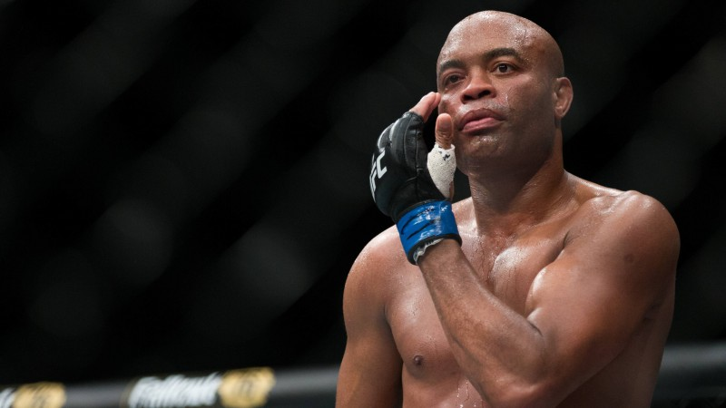 Leģendārais Silva savā pēdējā iznācienā UFC tiek nokautēts