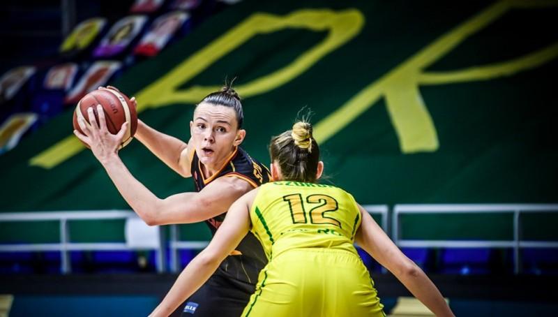 Šteinbergai jaudīgs sniegums un klupiens pret divām Latvijas čempionēm