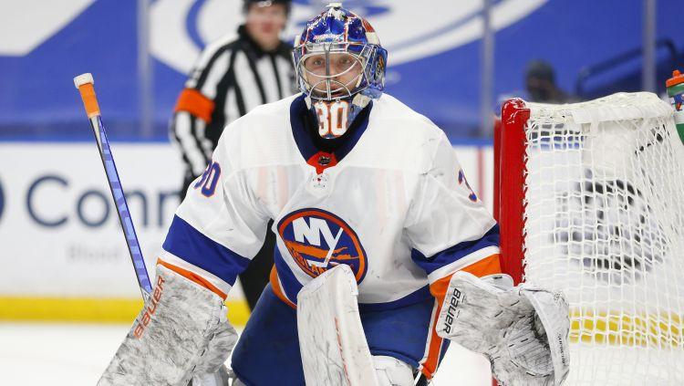 """Sorokins pirmo NHL uzvaru izcīna ar sauso spēli, """"Islanders"""" punkti jau astoņās spēlēs pēc kārtas"""