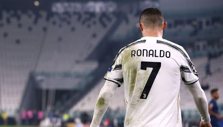 """""""Juventus"""" runās ar Ronaldu par viņa nākotni komandā"""