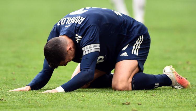 """""""Juventus"""" negaidīta sakāve, """"Milan"""" atspēlējas un uzvar Florencē"""