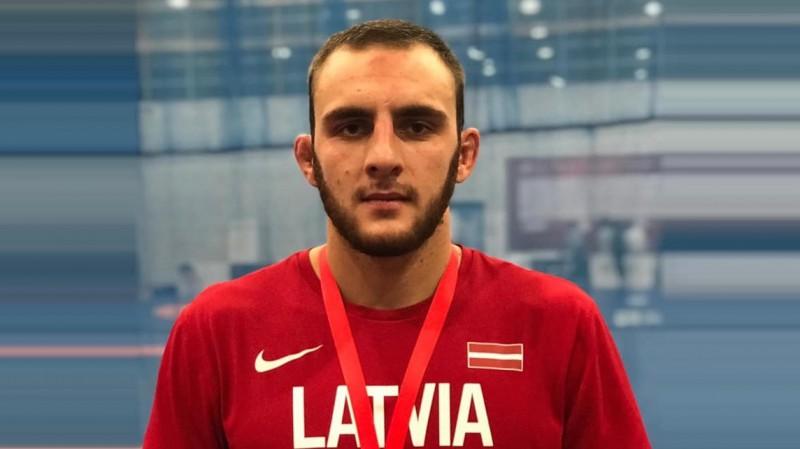 Cīkstonis Amirovs Eiropas čempionātā izplēš sensacionālu bronzu