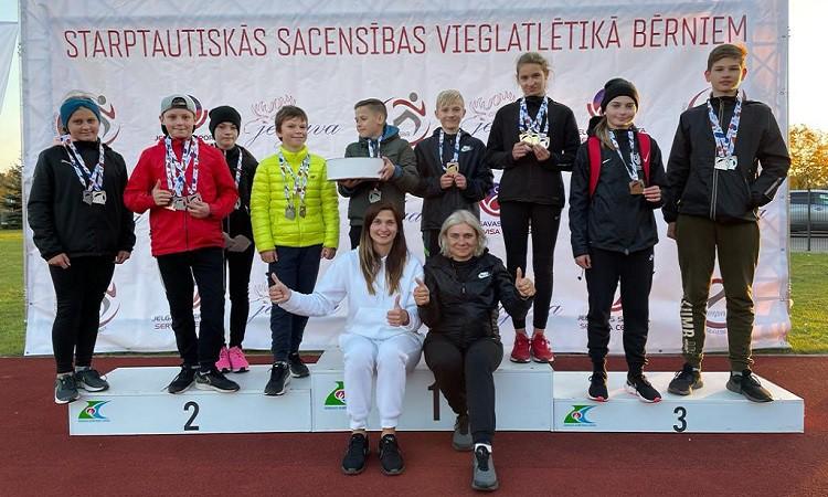 Jelgavā aizvadītas starptautiskās vieglatlētikas sacensības bērniem